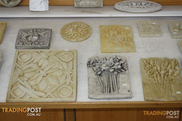 Statuary, Fountains, Pedestals & Urns