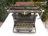 ANTIQUE TYPEWRITER REMINGTON 12