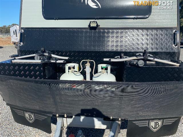 "2015 JB Scorpion 22'9"" Family Van 2 bunks"