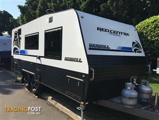 Red Centre Newell 20'6 Caravan (oro)