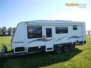 Silver Valley Family Getaway 21ft 6in (oro)