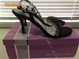 Womens Evening shoe - size 7