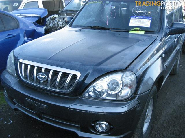 HYUNDAI TERRACAN 2003 FOR WRECKING, MANY PARTS COMPLETE CAR
