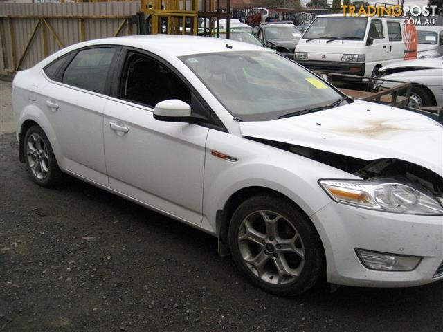 FORD MONDEO 2010 HATCH FOR PARTS(3 COMPLETE CARS)
