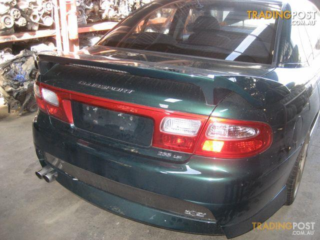 VX Commodore Clubsport 2002, wrecking complete car