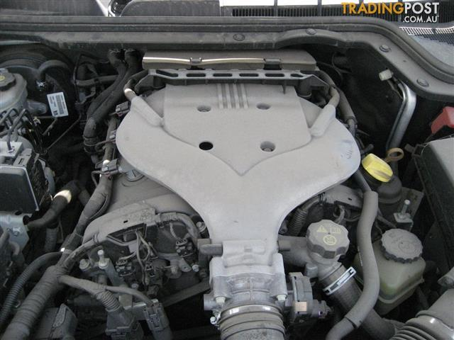VE COMMODORE SV6 2008 LY7 ENGINE & 5 SPEED AUTO TRANSMISSION