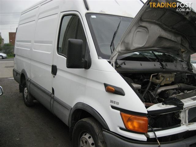 IVECO  DAILY 2005 35S13 FOR WRECKING, COMPLETE VAN FOR PARTS