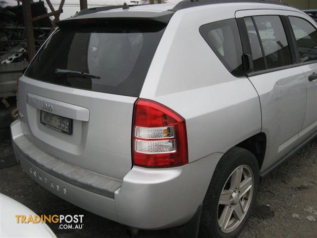 JEEP COMPASS 2008 FOR WRECKING  (MANY PARTS CALL US)