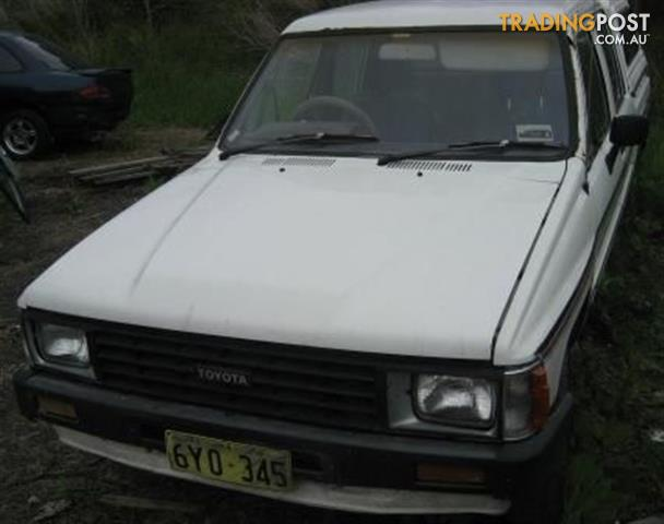 TOYOTA HILUX 84 MODEL (2WD) - COMPLETE CAR WRECKING