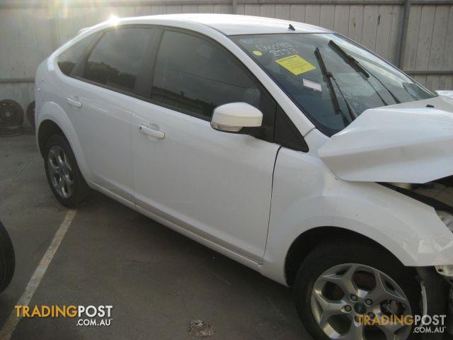 FORD FOCUS 2010 LT HATCH (wrecking complete car)
