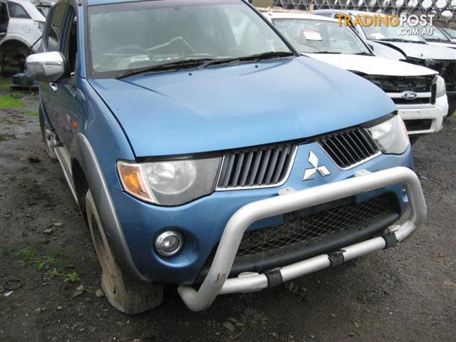 MITSUBISHI TRITON 2008 DAUL CAB 4WD UTE FOR WRECKING