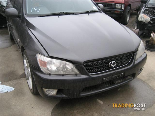 LEXUS IS200 2004 FOR PARTS (COMPLETE CAR FOR WRECKING)