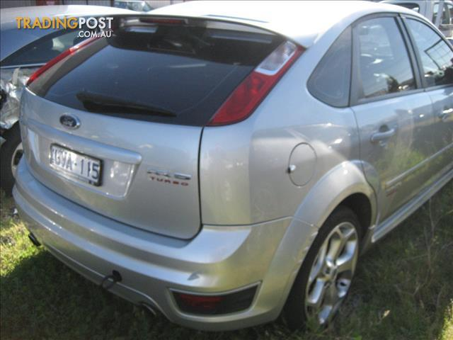 FORD FOCUS 2009 XR5 TURBO (WRECKING COMPLETE CAR)