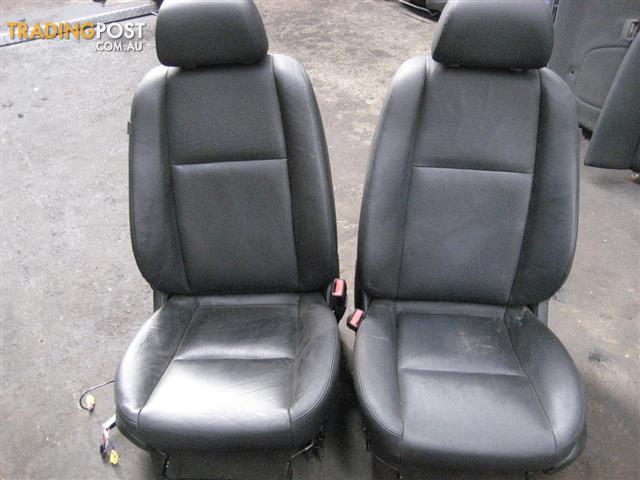 COMMODORE VE 2009 SEDAN LEATHER SEATS  & DOOR TRIMS (COMPLETE SET)