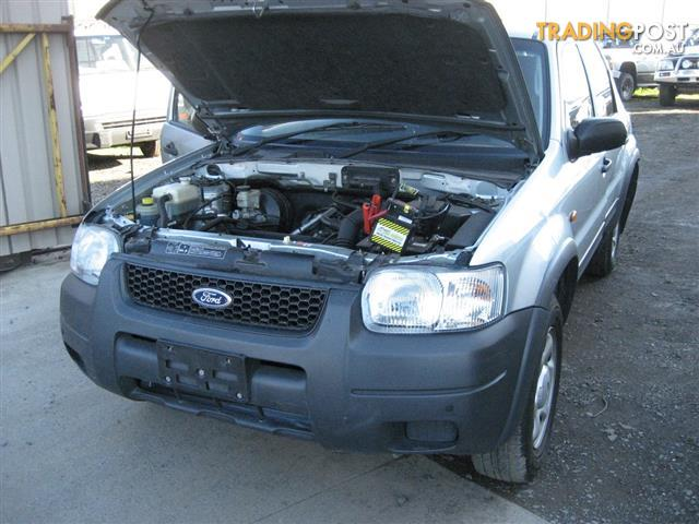 FORD ESCAPE 2005 FOR WRECKING, COMPLETE CAR