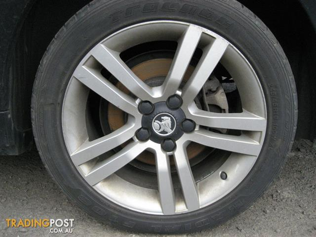 HOLDEN COMMODORE VE SV6 WHEELS & TYRES