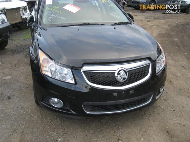 HOLDEN CRUZE 2014 FOR WRECKING ( MANY PARTS )