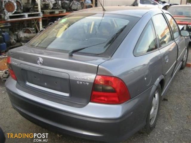 Holden Vectra JS 2002 Hatch Wrecking Complete Car