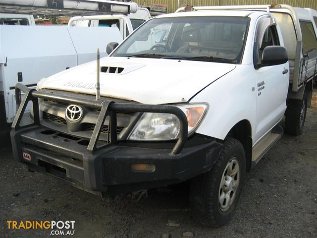 TOYOTA HILUX 2008 KUN 4WD FOR WRECKING (MANY PARTS)