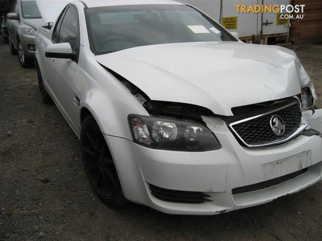 VE COMMODORE 2011 UTE FOR WRECKING ( 3 CARS TO CHOOSE PARTS FROM) CALL US