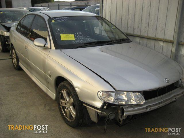 COMMODORE VX S (complete car for wrecking)