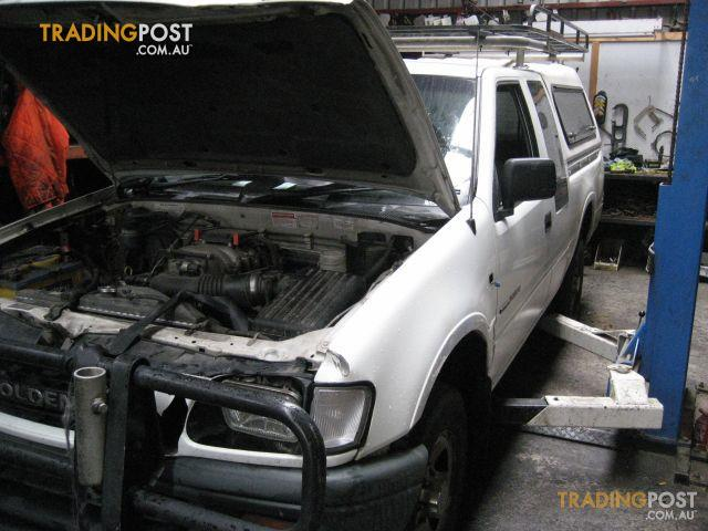 HOLDEN RODEO TF 2000 wrecking complete car