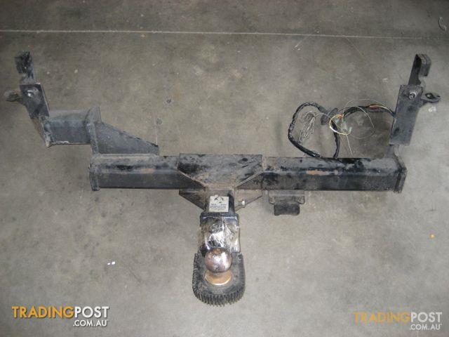 TOW BAR HOLDEN CREWMAN 2004 (2500KG)