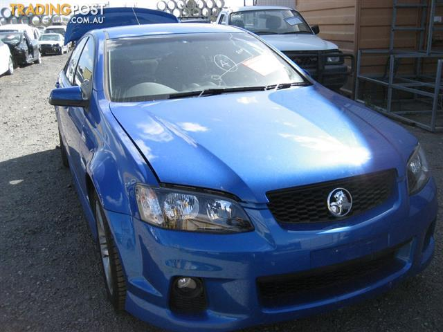 COMMODORE VE SII 2011 SEDAN FOR WRECKING