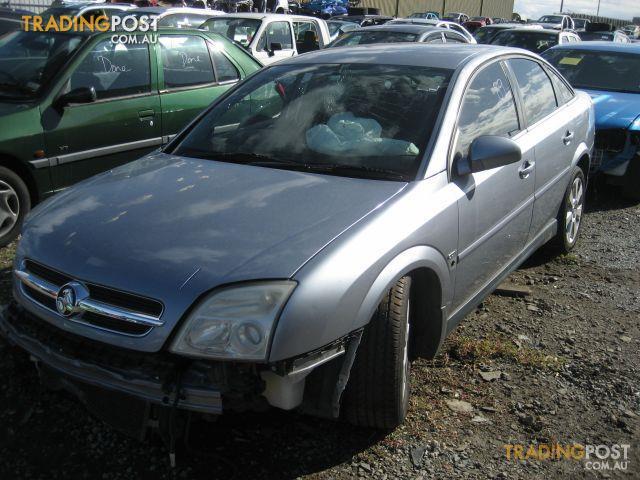 HOLDEN VECTRA ZC 2005 V6 (wrecking complete car)