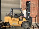 Mitsubishi FG40 LPG / Petrol Counterbalance Forklift
