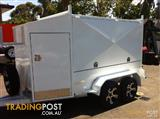 Enclosed trailer dual axle