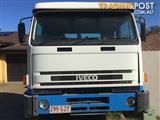 2002 International Acco 2350G