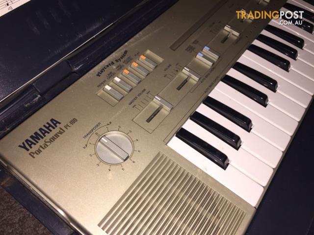 RARE-Yamaha-PortaSound-PC-100-keyboard-magnetic-cards