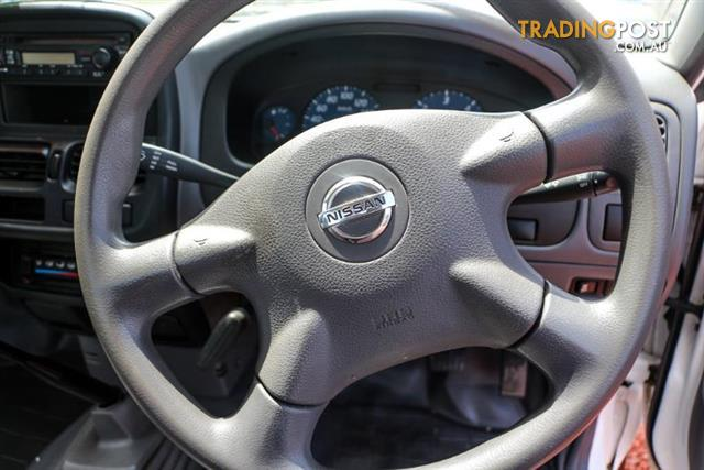 2008  Nissan Navara DX D22 Cab Chassis