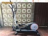 Everest CT600H programmable elliptical trainer