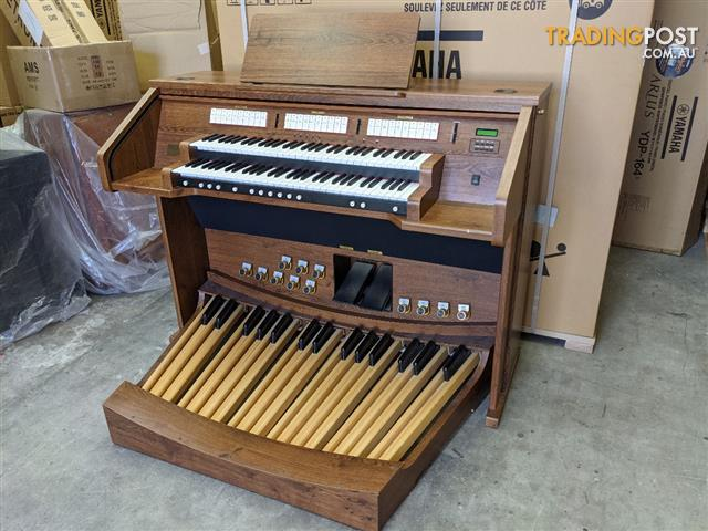 Classical Organ Shell - Two manual 61 keyboards and a 32 note pedal board.