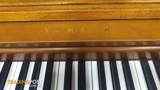 Yamaha ~ 1965 Spinet S5 Upright Piano Contemporary Console