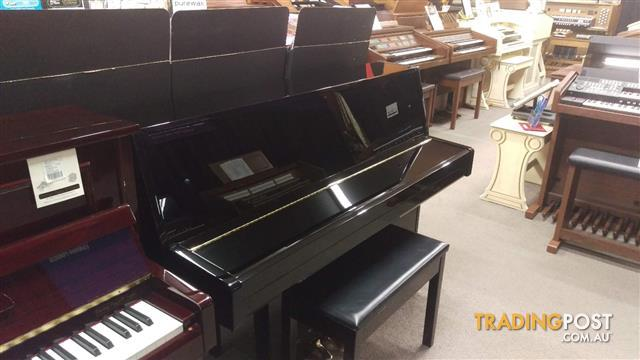 Yamaha JU109 Ebony Polish Upright Acoustic Piano (2012)