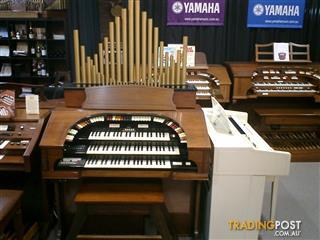 CONN Organ 580 Theatrette, Walnut  Series II - NOW SOLD