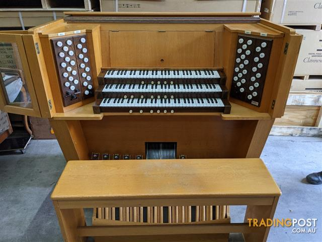 Classical Organ Shell - 3 manual (61 keyboards) and a 32 note AGO radial arc pedal board and match