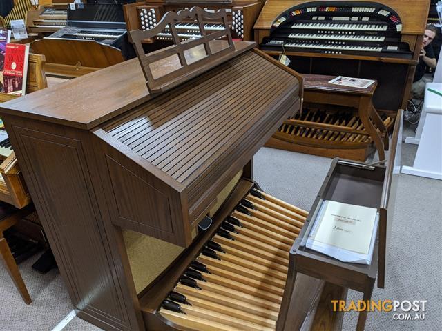 Allen Classical Organ ~ SOLD ~ Protege model L4