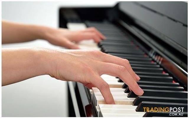 Yamaha Clavinova Digital Piano - CLP745 New in Polished Ebony