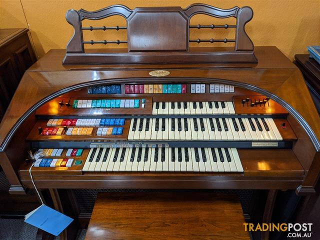 Wurlitzer Theatre Spinet Organ Model 630T
