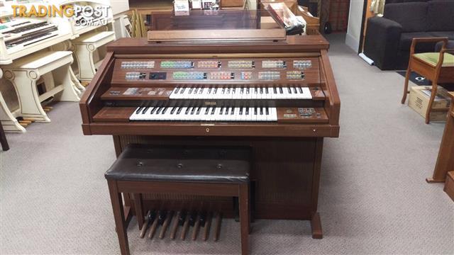 Yamaha Electone Organ model FS30