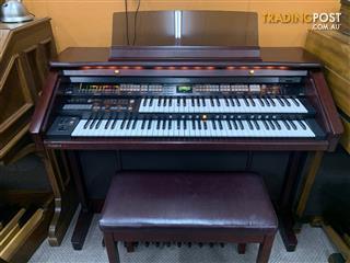 Roland Atelier Organ AT80