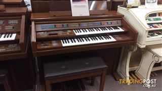 Yamaha Electone Organ Model FE-70
