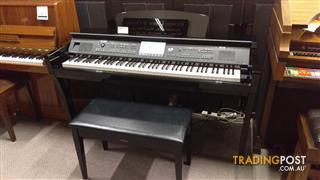 Yamaha Clavinova CVP609PE Digital Piano Polished Ebony Second hand