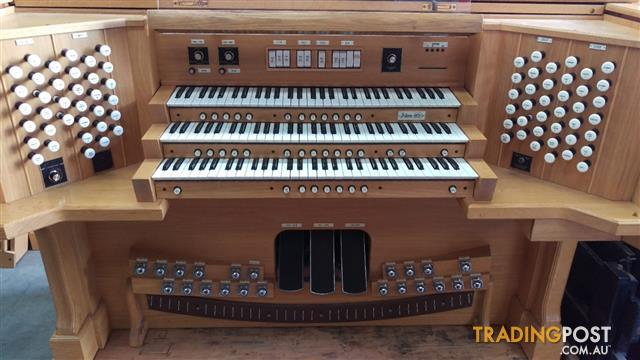 Classical Organ Shell - Three manual -  32 note AGO pedal board