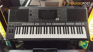 Yamaha PSRS 970  Arranger Workstation Keyboard Ex-Demo Stock.