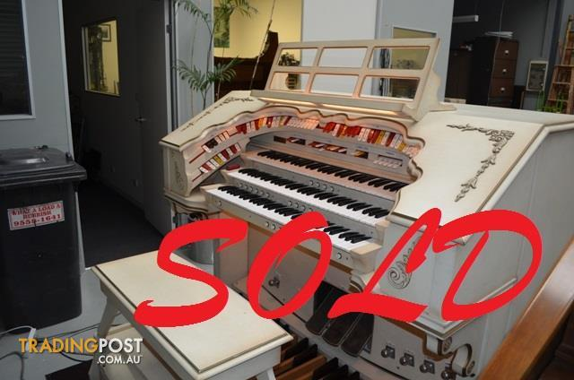 NOW-SOLD-Rodgers-Organ-The-Century-340